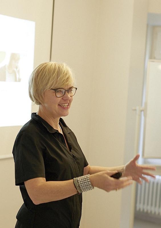 Dr. Annette Bruce | Brand Positioning Canvas
